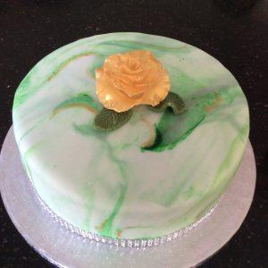 Golden rose elegant cake